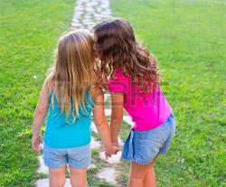 7 intrebari pentru Ruxandra si Miruna