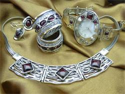seturi de bijuterii si accesorii din argint