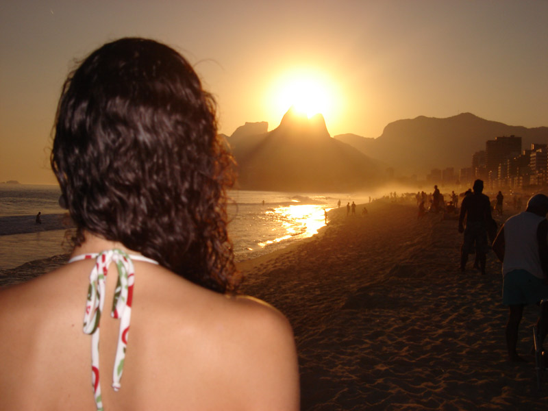 Cand mergi la plaja nu uita sa iei cu tine camera foto