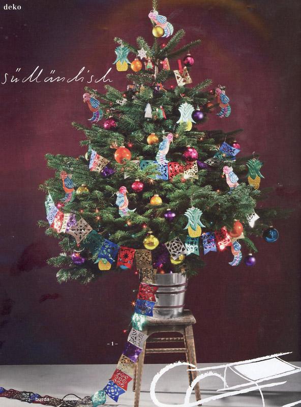 Brad de Craciun impodobit  multicolor ~~ idee din Burda Style ~~ Decembrie 2010