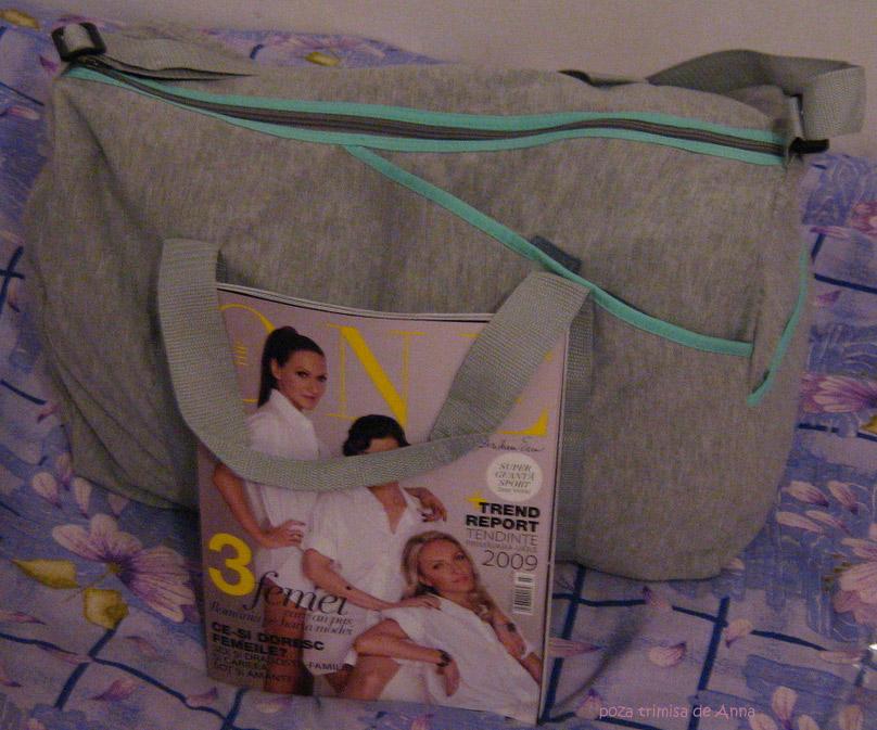 Geanta mare pentru fitness sau calatorii, cadou la revista The One :: Martie 2009