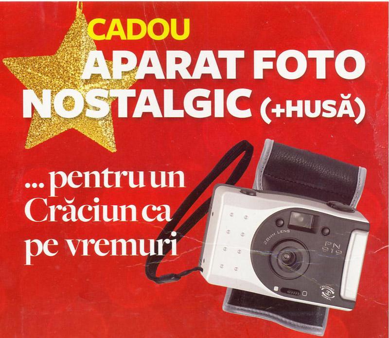 Aparat foto cu film si husa, cadou la revista Reader\'s Digest din Decembrie 2010