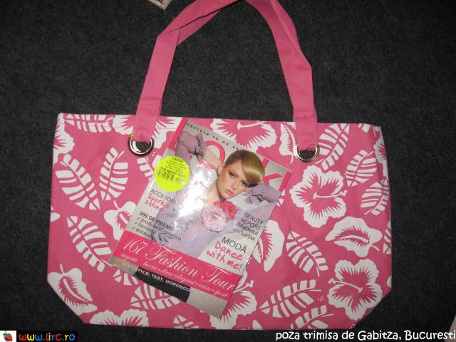 Look! ~~ Cadou geanta de vara cu imprimeu flori de hibiscus ~~ Decembrie 210