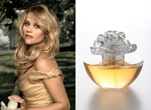 Mini parfum In Bloom By Reese Witherspoon de la AVON, cadou la revista FEMEIA. de Noiembrie 2009