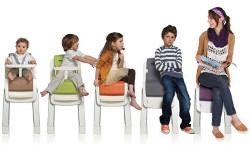 Scaun de masa pentru copii mici