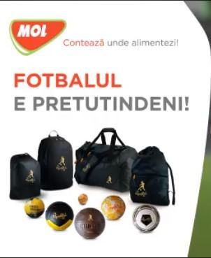 Fotbalul e pretutindeni cu mingea si rucsacul semnate de Ronaldinho