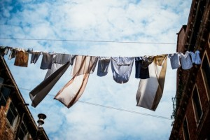 Cum spalam rufele in familie?