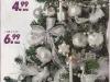 Brad de Craciun impodobit cu ornamente argintii ~~ idee propusa de magazinul Kika ~~ Decembrie 2010